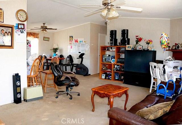 33197 9th Street, Winchester CA: http://media.crmls.org/medias/acf19274-e867-4a72-89c1-b0cefdba9ad9.jpg