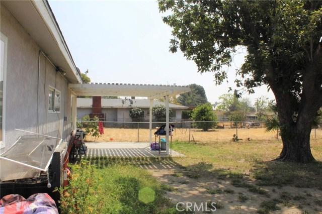 1475 W 5th Street, San Bernardino CA: http://media.crmls.org/medias/acf6a6e2-89cf-4226-8e74-16459d56a172.jpg