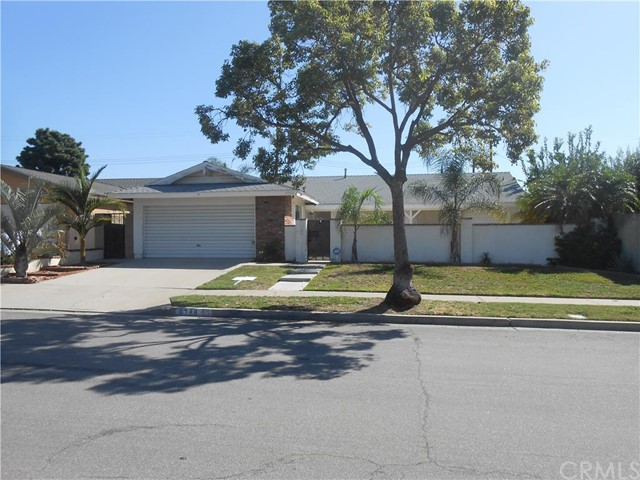 Single Family Home for Rent at 9788 Pauline St Cypress, California 90630 United States
