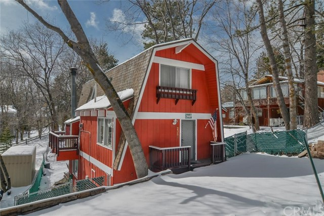 Single Family Home for Sale at 2368 Oak Drive Arrowbear Lake, California 92382 United States