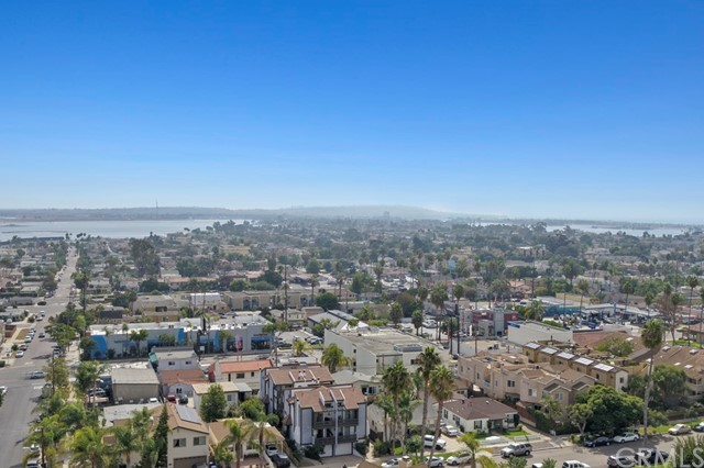 1966 Felspar Street Unit 2 San Diego, CA 92109 - MLS #: PW18262920