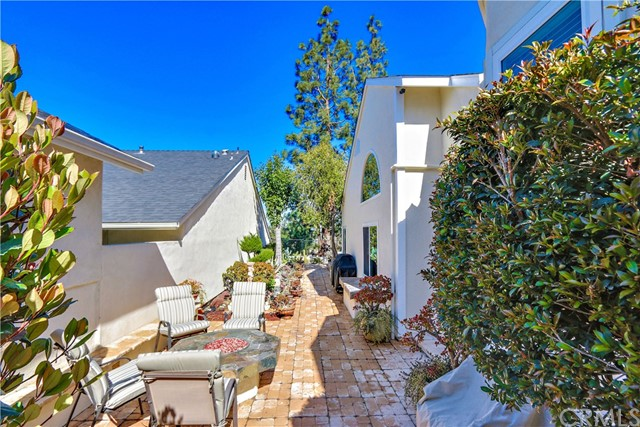 6017 E Brighton Lane Anaheim Hills, CA 92807 - MLS #: PW18047899
