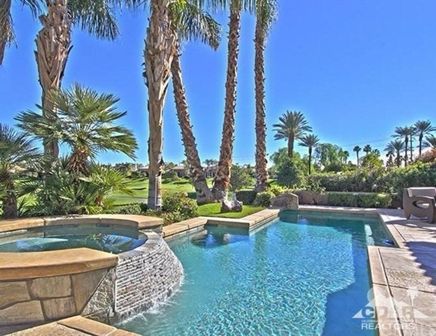 Photo of home for sale at 49940 Mission Drive, La Quinta CA