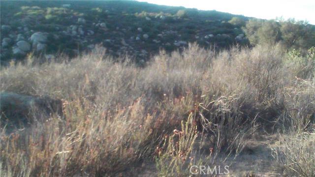 0 lot 1 Oak Canyon, Hemet CA: http://media.crmls.org/medias/ad1d06fe-2451-4754-89fc-92c7507f02d8.jpg