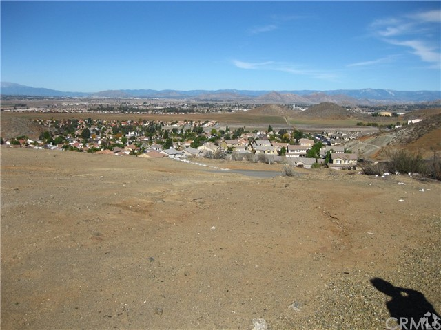 Single Family for Sale at 28000 Antelope Rd Menifee, California 92585 United States