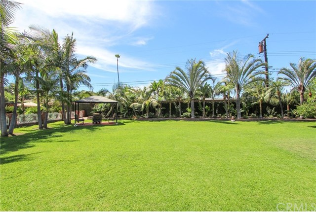 9258 Royal Palm, Garden Grove CA: http://media.crmls.org/medias/ad326654-a5a3-4c21-85d8-af13a9a6d08a.jpg