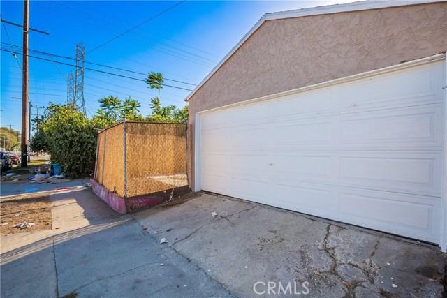 858 E 97th, Los Angeles CA: http://media.crmls.org/medias/ad347c85-a55c-431c-bdea-8d6586c3450a.jpg