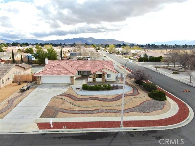 13931 High Falls  Apple Valley CA 92307