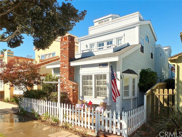 Photo of 1607 Ocean Avenue, Seal Beach, CA 90740