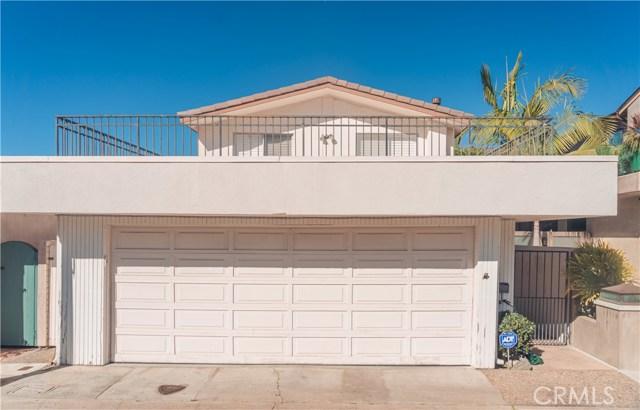 121 Via Undine, Newport Beach CA: http://media.crmls.org/medias/ad46b0d1-add1-42bf-8786-050fe6e1678d.jpg