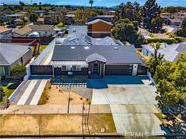 851 W 28th Street, San Pedro CA: http://media.crmls.org/medias/ad4ba183-a07b-4875-9603-f6d55ecbcedf.jpg