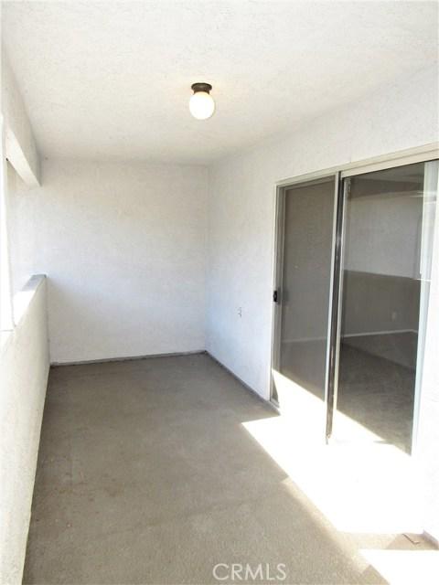208 S West St, Anaheim, CA 92805 Photo 8