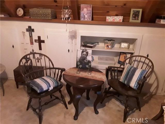 31347 Oakleaf Drive, Running Springs Area CA: http://media.crmls.org/medias/ad6283d5-155c-4a7e-9069-f03548844e6a.jpg