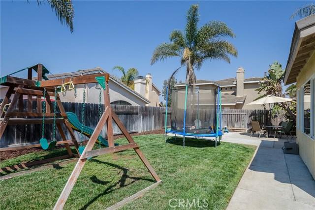 905 Sloan, Santa Maria CA: http://media.crmls.org/medias/ad6cde13-02c2-415e-9999-fb8f8640acbe.jpg