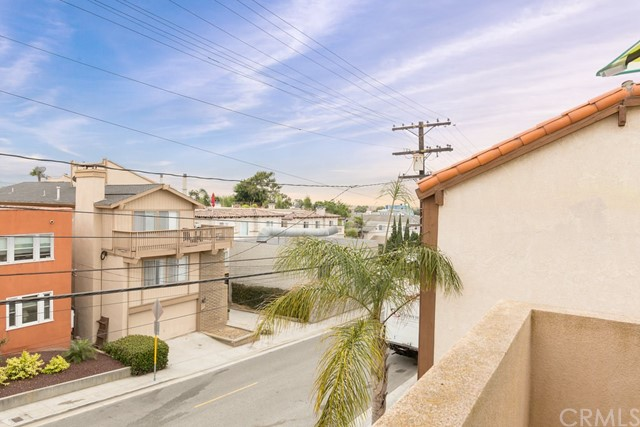 645 2nd St, Hermosa Beach, CA 90254 photo 16