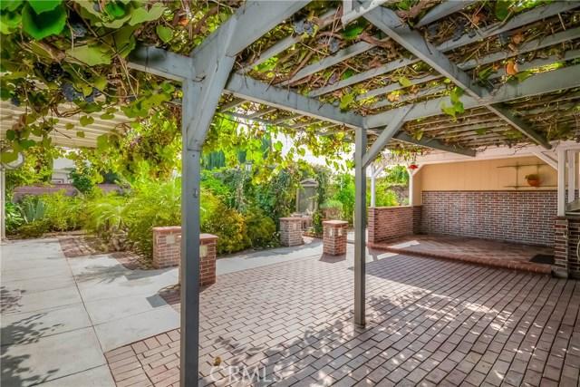 2828 W Devoy Dr, Anaheim, CA 92804 Photo 31