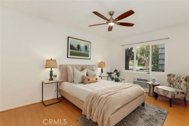 2915 St George St, Los Angeles, CA 90027 Photo 12