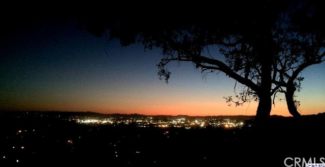 9250 Del Arroyo Drive, Sun Valley, CA 91352