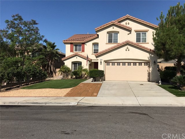 6234 Eaglemont Drive , CA 92336 is listed for sale as MLS Listing CV17138528