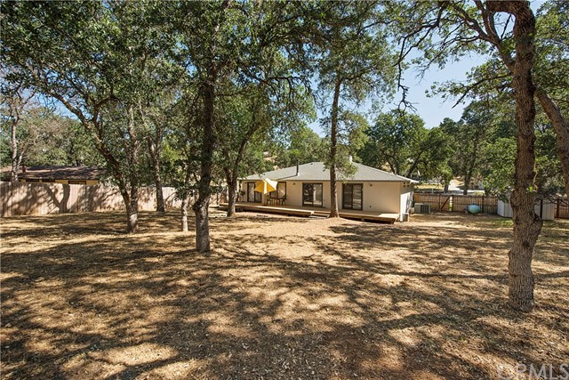 20273 Powder Horn Road, Hidden Valley Lake CA: http://media.crmls.org/medias/ada123d9-919c-4e1e-afce-7472b6ff0142.jpg