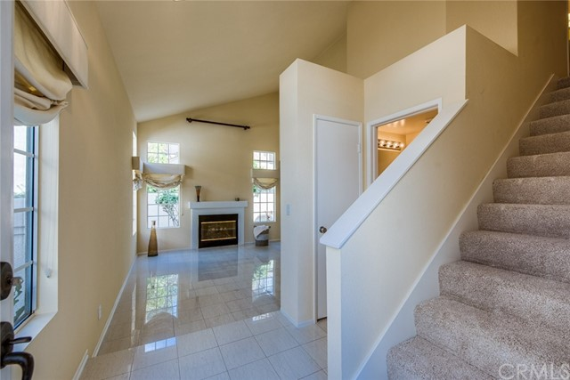 8 Almador, Irvine, CA 92614 Photo 4
