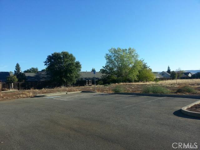 1260 East Avenue, Chico CA: http://media.crmls.org/medias/add147c7-0e89-42c0-8d06-87633fafe779.jpg