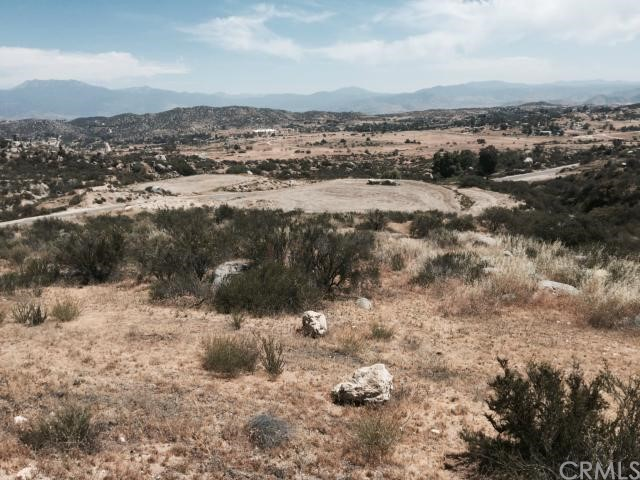 23447 Sky Mesa Road, Juniper Flats CA: http://media.crmls.org/medias/add8fb9e-3836-429e-8080-b94300156505.jpg