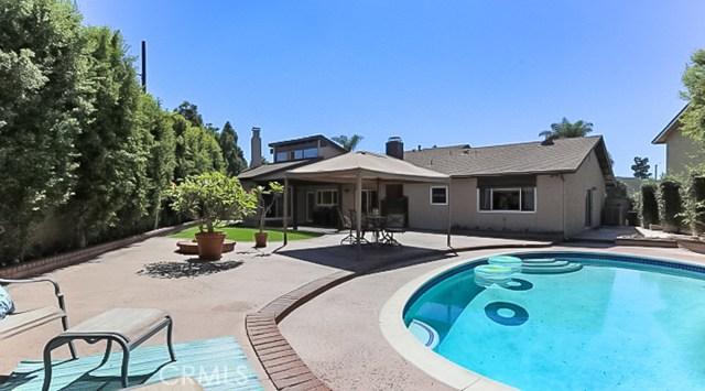 9961 Bond Circle, Huntington Beach CA: http://media.crmls.org/medias/adeda842-e505-4955-a9f5-a60abedd89b9.jpg