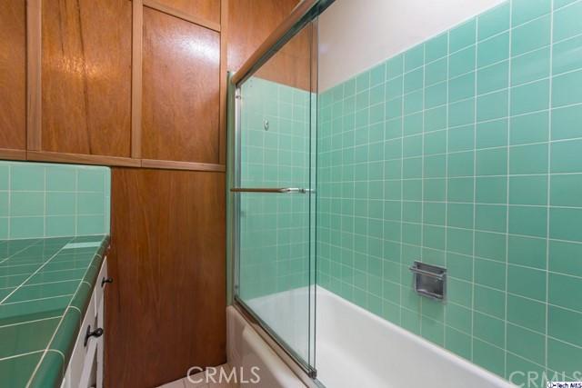 3480 Linda Vista Road, Glendale CA: http://media.crmls.org/medias/adee7e84-c6a2-4659-b971-65eea3eff243.jpg