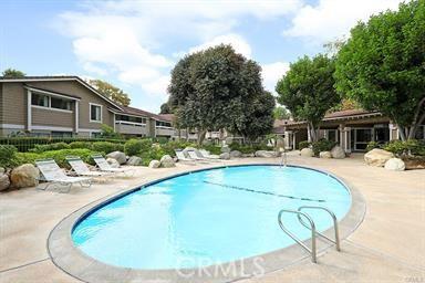 198 Springview, Irvine, CA 92620 Photo 9