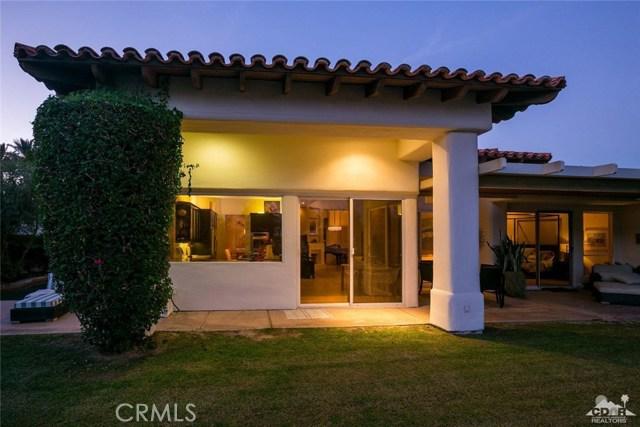 79525 Mandarina, La Quinta CA: http://media.crmls.org/medias/adfc90cf-c2c0-4b93-8ecd-589bf4681b48.jpg