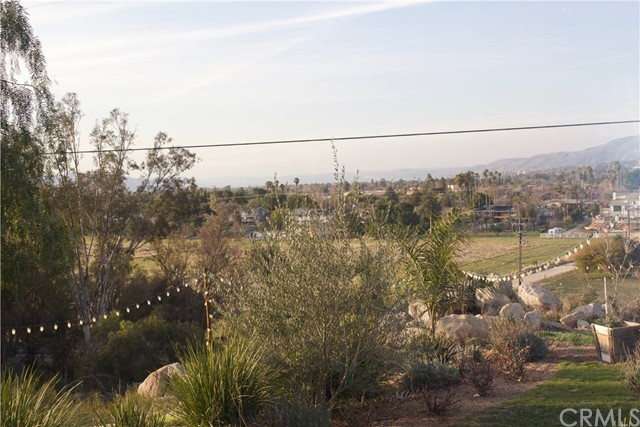 42120 Rockview Drive Hemet, CA 92544 - MLS #: SW18000118