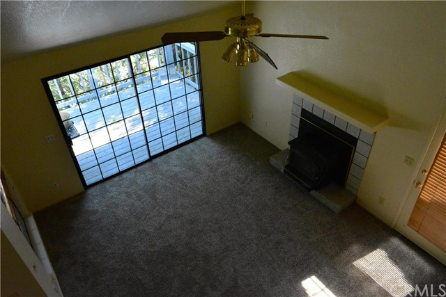 40724 Foxboro Court, Bass Lake CA: http://media.crmls.org/medias/ae0eee29-e201-4bc1-b85b-faaedb11a98b.jpg
