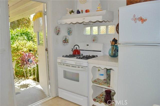 6428 Bonnie Vale Avenue, Pico Rivera CA: http://media.crmls.org/medias/ae25639b-5caa-48c1-a840-57f1fb508e31.jpg