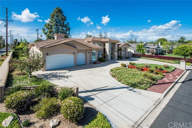 Single Family Home for Sale at 12231 Afton Ln St North Tustin, California 92705 United States