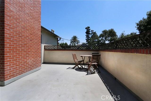 130 W 8th Street, Claremont CA: http://media.crmls.org/medias/ae393c64-e1b3-4c1e-a9a9-ced0be8c5ec2.jpg