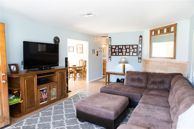 768 Forest Avenue, Templeton CA: http://media.crmls.org/medias/ae3b2a69-f24a-46ba-8b8b-2891e4b9eef7.jpg