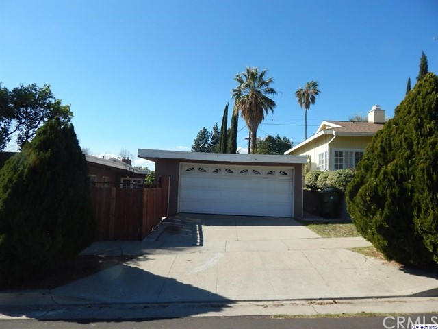 9333 Ruffner Avenue Northridge, CA 91343 is listed for sale as MLS Listing 318000580