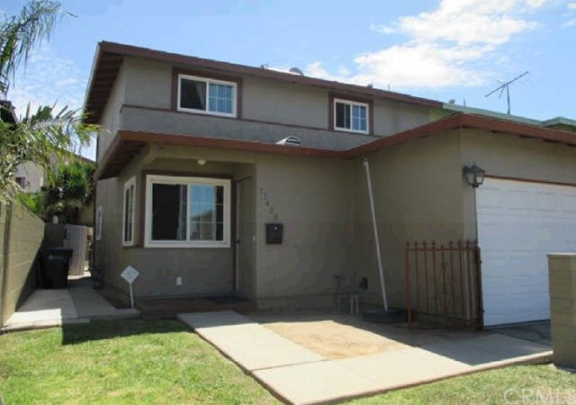 17420 Keene Avenue, Carson CA: http://media.crmls.org/medias/ae510783-e0c3-46c4-87f7-a4a5f97afd1c.jpg