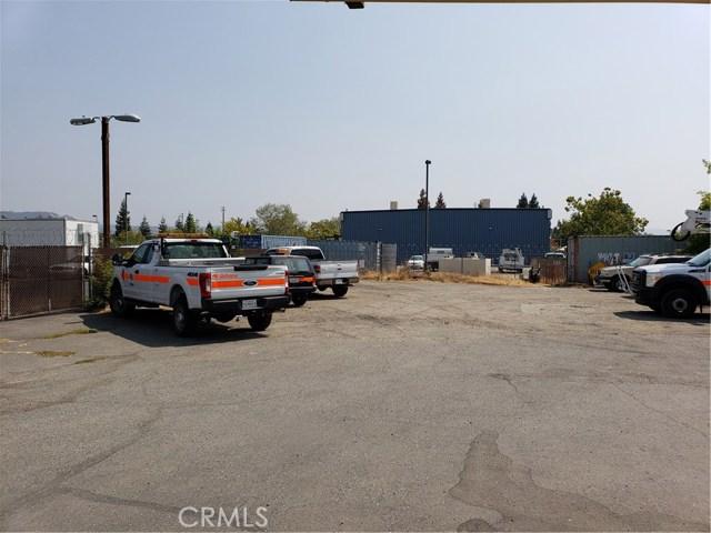 2060 3rd Street, Oroville CA: http://media.crmls.org/medias/ae549fa8-9b7d-429c-9590-e7e1fe063328.jpg
