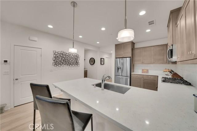 124 S Auburn Heights Lane, Anaheim Hills CA: http://media.crmls.org/medias/ae55be22-daf1-408f-895d-b9dd931ba7a0.jpg