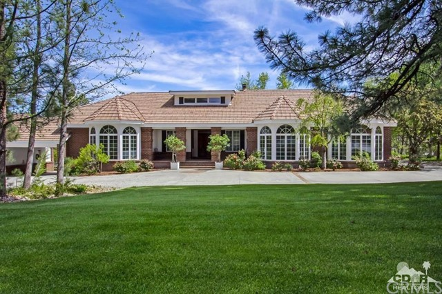 Single Family Home for Sale at 36728 Lion Peak Road 36728 Lion Peak Road Mountain Center, California 92561 United States