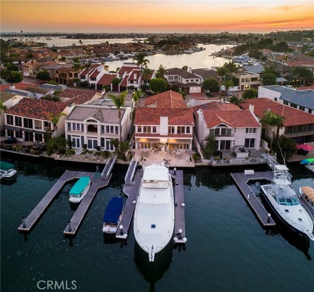 5 Linda Isle, Newport Beach CA: http://media.crmls.org/medias/ae7f11a2-822e-41b6-8e21-9010c31dfe00.jpg