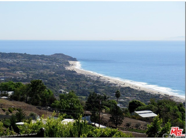 Single Family for Sale at 5820 Fox View Drive Malibu, California 90265 United States