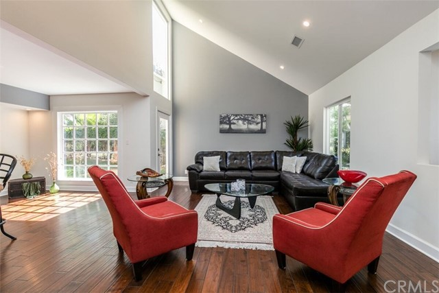 One of Guest House Anaheim Hills Homes for Sale at 370 S Yorkshire Circle