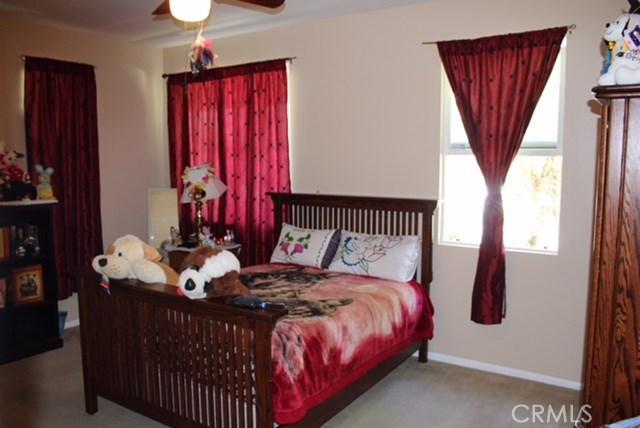 1130 Laurelhurst Heights, San Jacinto CA: http://media.crmls.org/medias/ae9a7510-0bc9-4a41-b2c2-c7283ec4d2e0.jpg