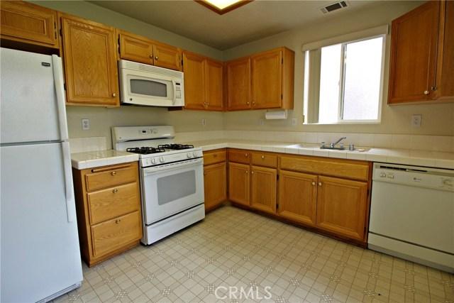 11573 Oak Street,Apple Valley,CA 92308, USA