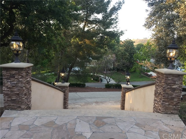 1540 El Cerrito Drive Thousand Oaks, CA 91362 - MLS #: TR18118566