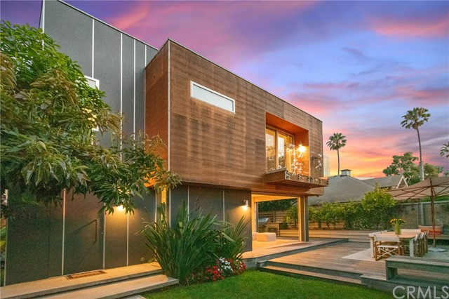 614 California Ave, Santa Monica, CA 90403