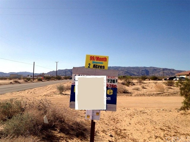 Additional photo for property listing at 8435 Datura  29 Palms, California 92277 United States